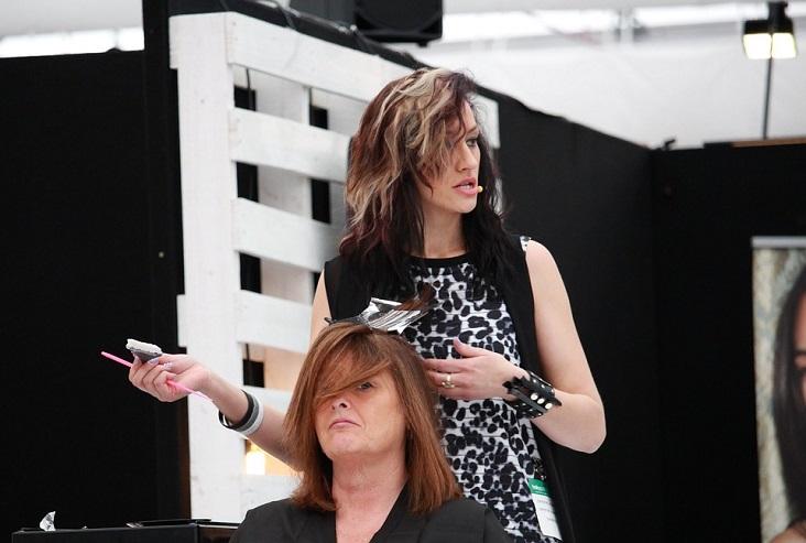 attending-beauty-school-hairstylist
