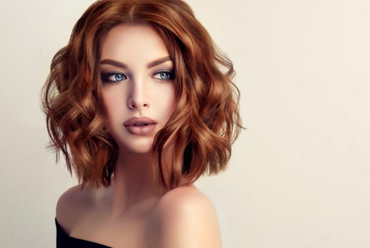 hair length and makeup combo